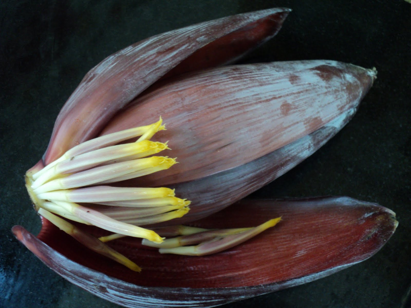 how to make banana flower curry