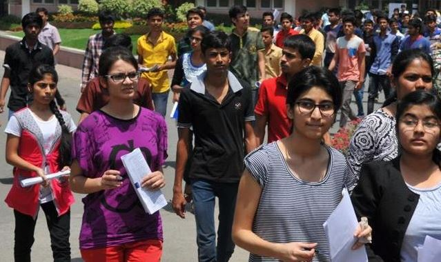4,000 More Students To Be Eligible For JEE Advanced In 2018-2017